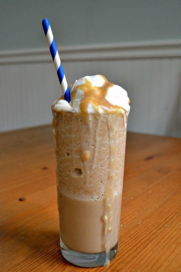 This sugar free frappuccino is a healthier version of a classic favorite. Sweetened only with dates, you'd never know you were eating something good for you!