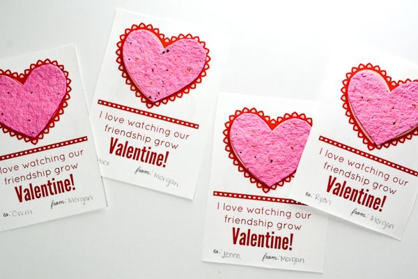 4 seed paper valentines on a white base