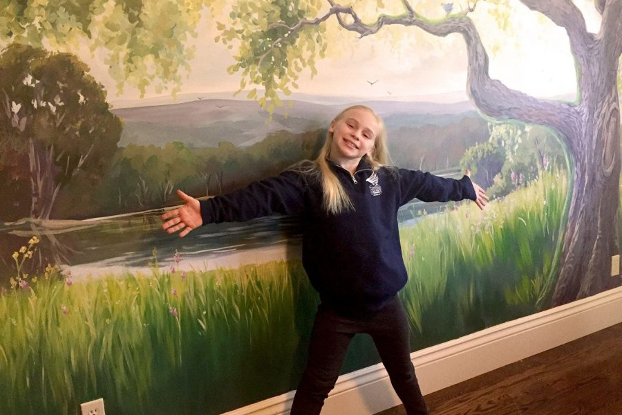 Kid's mural in bedroom with trees