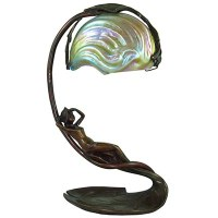 Art Nouveau figural bronze table lamp with Loetz glass