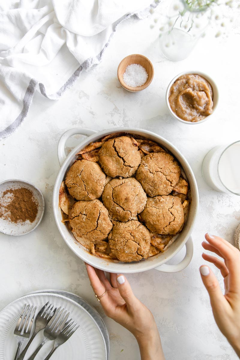 Grain-Free and Vegan Tahini Apple Cobbler with a grain-free tahini cobbler topping and a healthy cinnamon apple filling makes the perfect fall dessert. Healthier than regular cobbler but just as tasty!