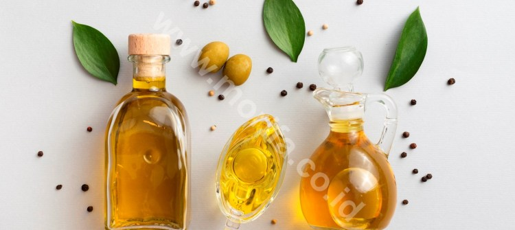 Highly Concentrated Moringa Oil Wholesale
