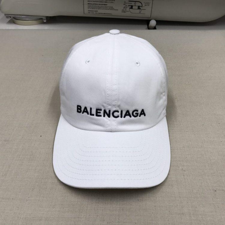 BALECIAGAキャップのクリーニング