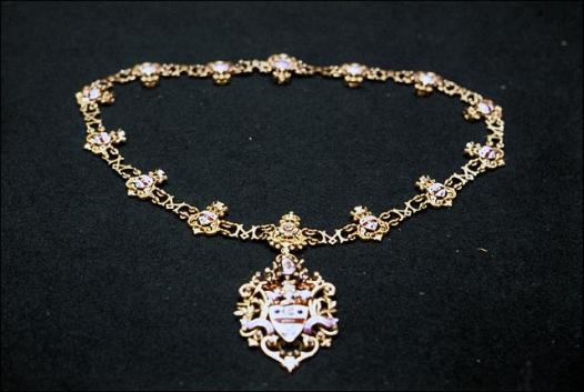 The Mayoress's chain - bought to commemorate Queen Victoria's Diamond Jubilee