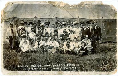 Group photo of Morley Parrock Nook Anthem prize band at the Milnsbridge Nursing Carnival