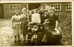 Group of women mill workers at Park Mills, Morley