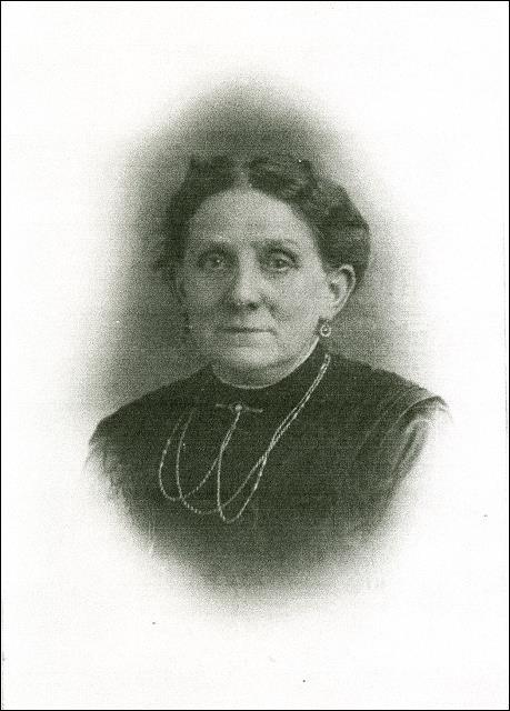 Portrait of Alice Elizabeth Fielding nee Wilson