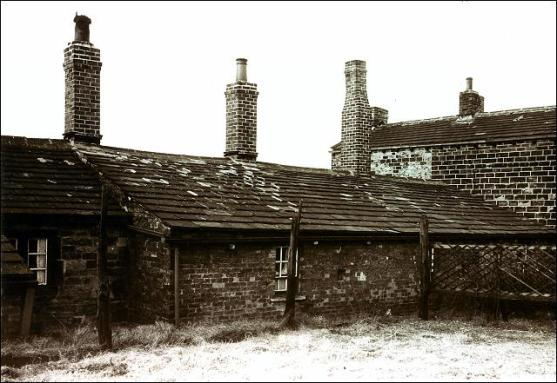 47 to 53, Moorside Road, Drighlington