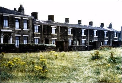 Houses on Moorside Road, Drighlington