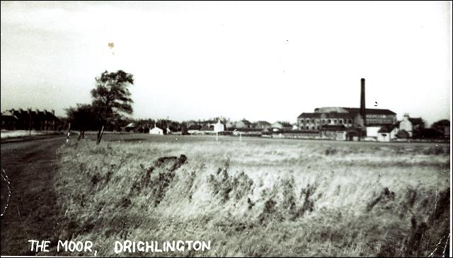 Postcard view of Moorland Mill, Drighlington from Station Road