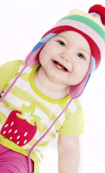 MorLove-Child-Photography-Chepstow-Stripy-Hat