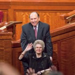 When President Monson's Wife Would NOT Go Along With The Crowd