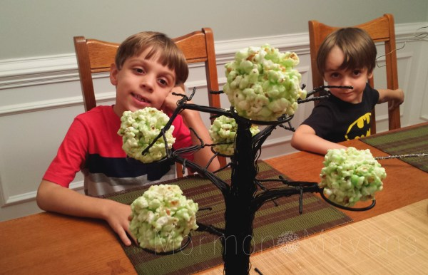 traditions-popcorn-balls