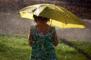 girl-sprinkler-umbrella-873557-gallery