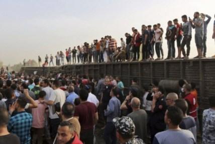 इजिप्टमा रेल दुर्घटनामा, ११ जनाको मृत्यु