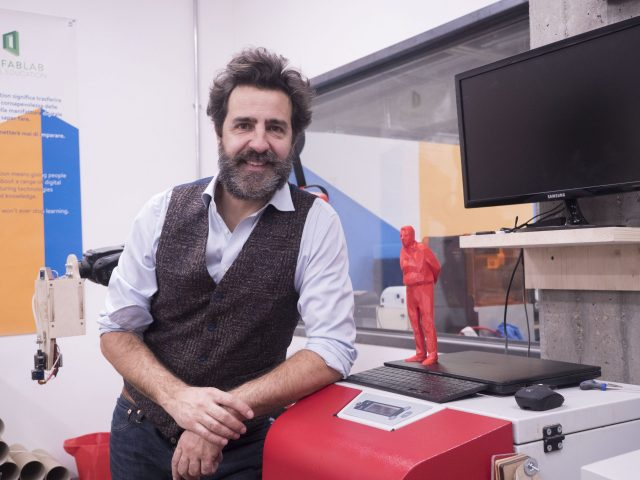 Massimo Temporelli, FabLab:  Young people of today, study design thinking