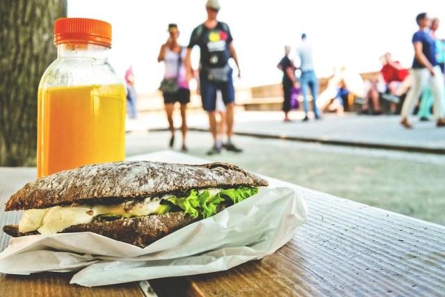 Professione  Street Food : camioncini e botteghe che cambiano la vita