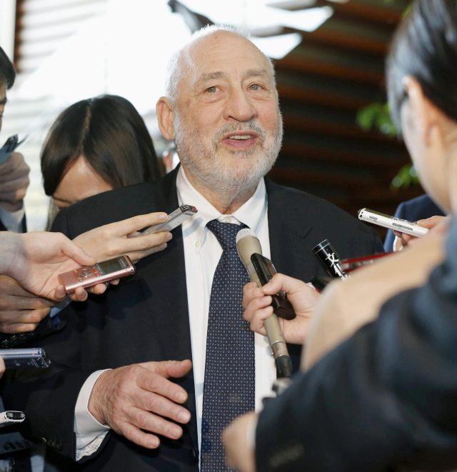 Stiglitz: La disoccupazione non è un destino