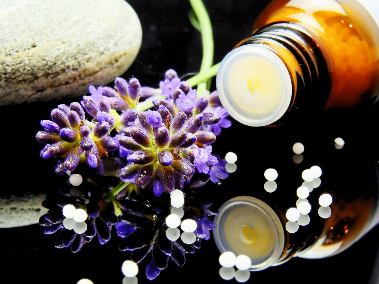 How Aromatherapy Helps in Reducing Anxiety