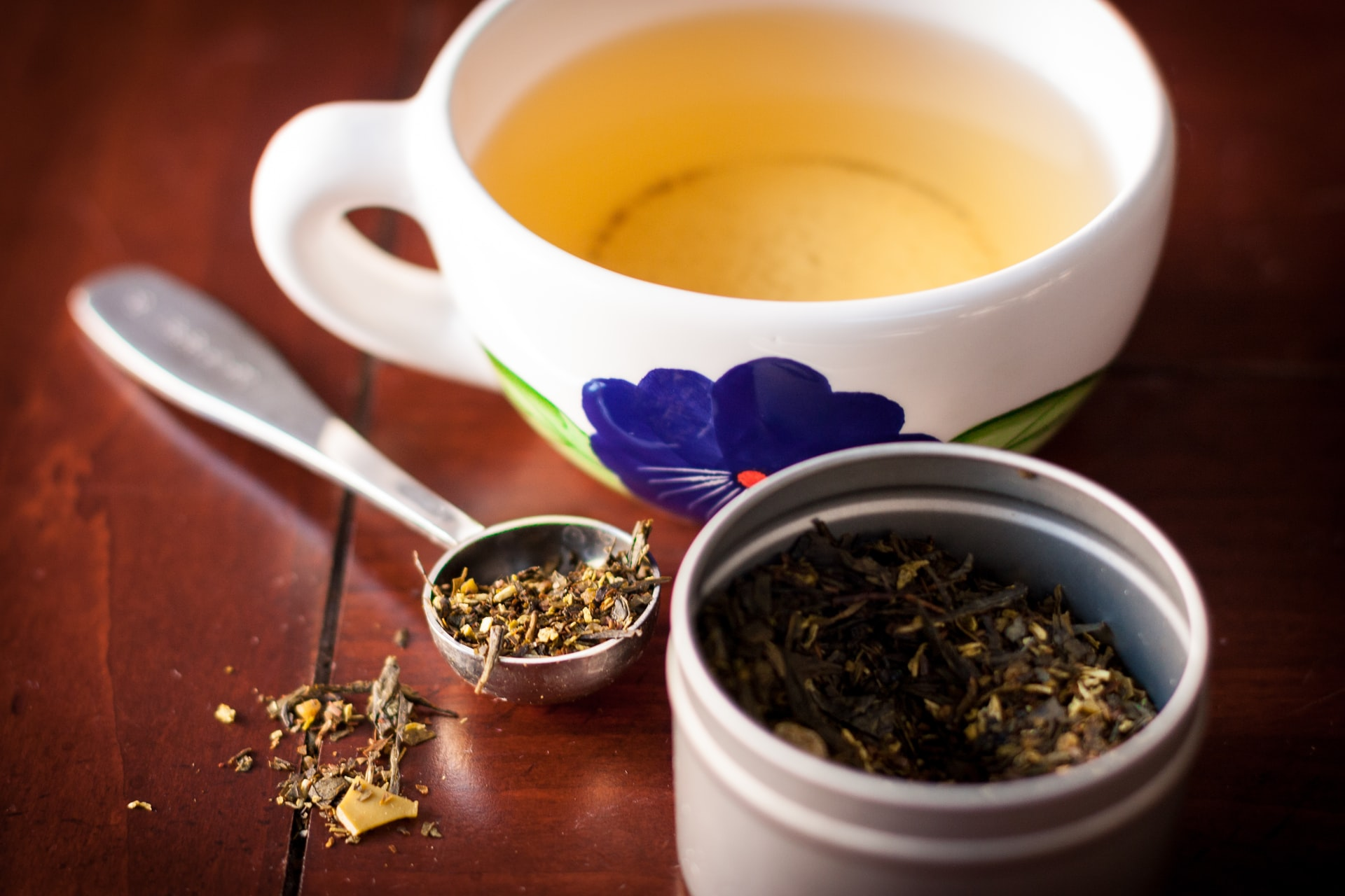 Calming Teas: Soothing Rituals to Enjoy Daily