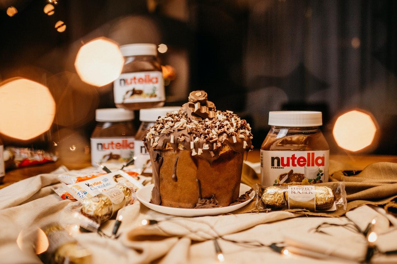 A Recipe to Bake Luscious Chocolate Cakes