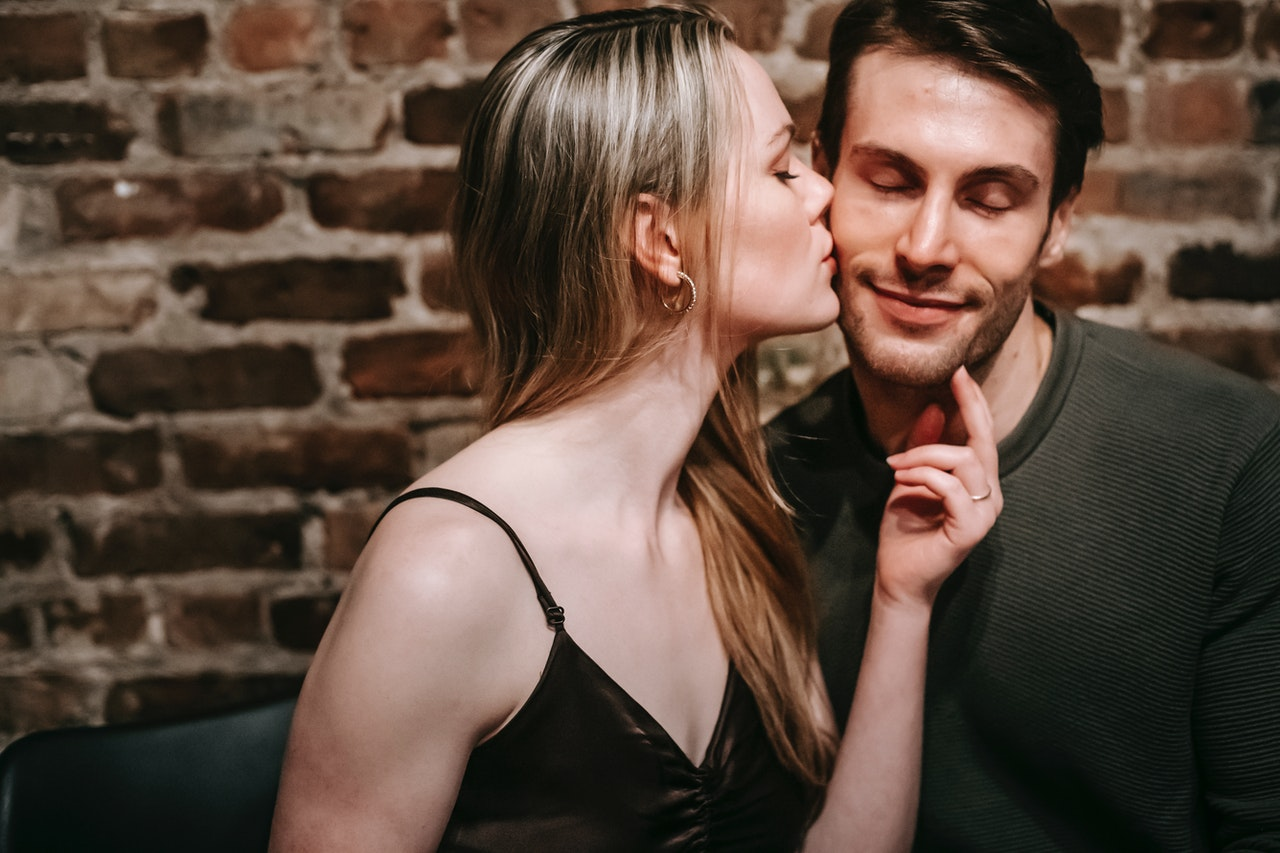 5 Kinky Ways to Spice Up Your Sex Life