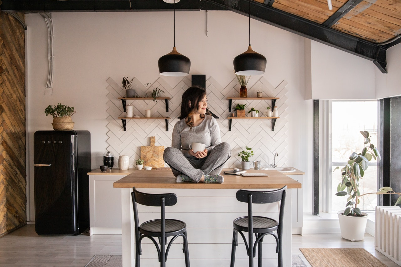 11 Women Who Started Their Business From The Kitchen Table To BE Their Own Boss