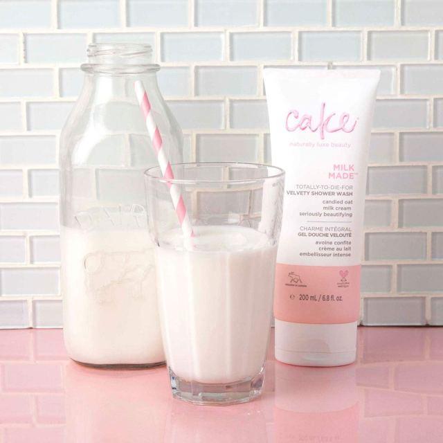 Cake Beauty Milk Made Velvety Shower Wash (Froth)