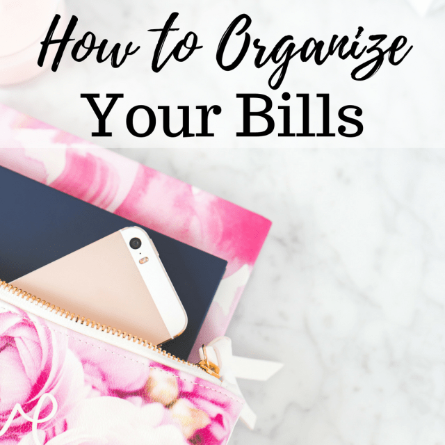 How to Organize Your Bills. Bill Organization Printables. Bill Payment Checklist, Username and Password List, and Pre-Authorized Payment Tracker.