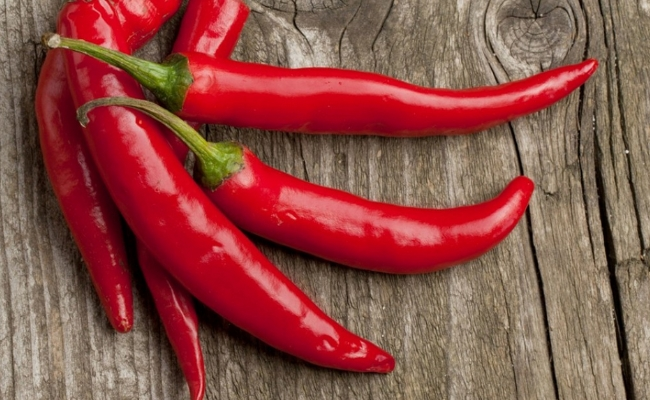 Chili Peppers - 10 Super Foods That Burn Fat And Help In Losing Weight