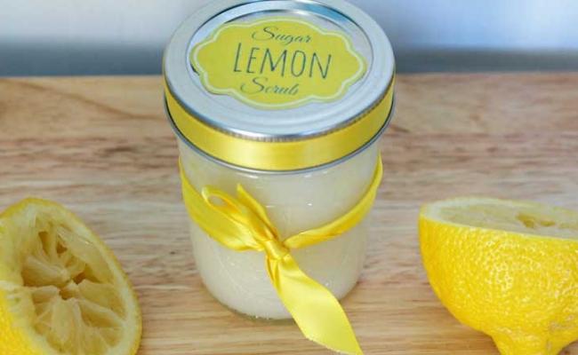 Lemon and Sugar Scrub