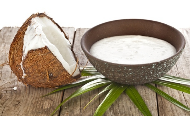 Fight frizzy hair with coconut milk