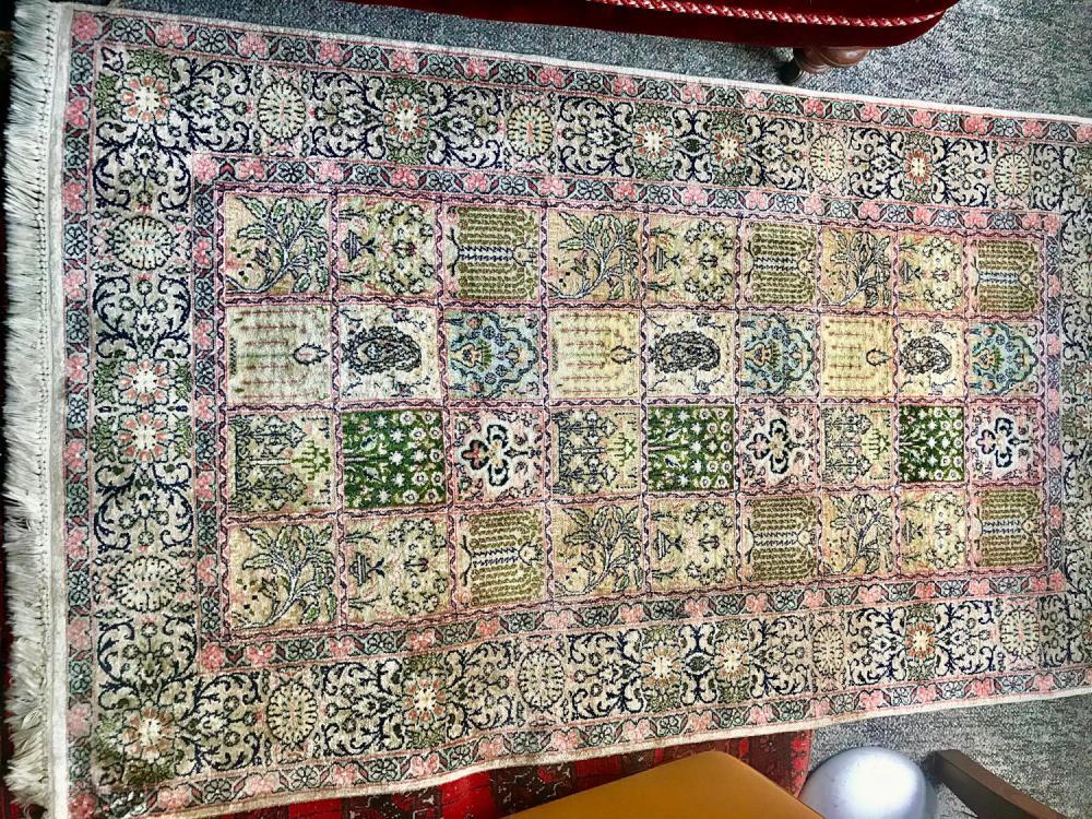 Fine Silk Carpet