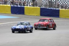 Jaguar Type E vs Mk1