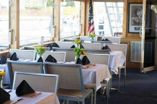 Lake Hopatcong Cruises, Table, Dining