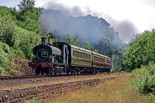 GWR/Port Talbot Railway 0-6-0ST No. 813 undergoing a test run on August 16. JED BENNETT