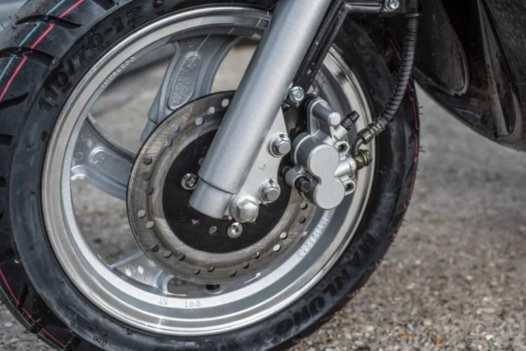 Motorini WP 125 front brake