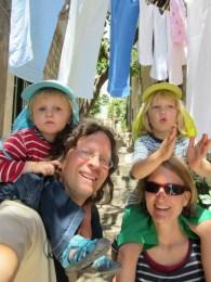 Familienfoto in den Straßen von Dubrovnik