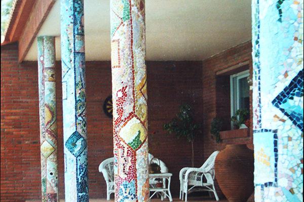 Porch with columns, 35cm diameter, private house, Barcelona.