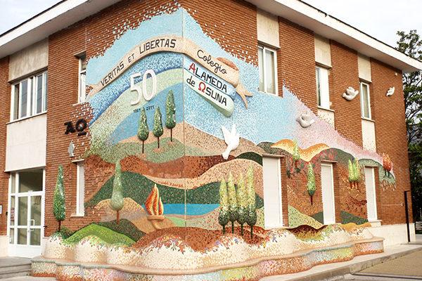 50th anniversary mural, 16m x 12m, Colegio Alameda de Osuna, 2012.