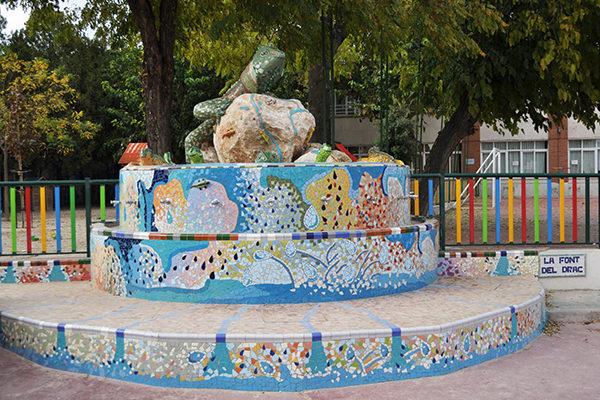 La Font del Drac (Dragon's fountain), Colegio Alameda de Osuna, Madrid, 2011.