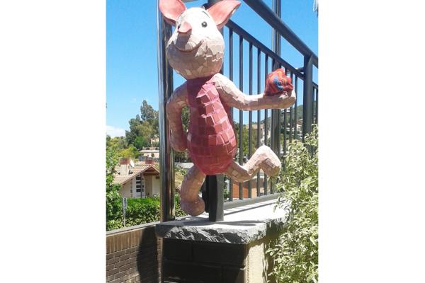Piglet, 75cm x 45cm, 10kg, La Miranda School, Barcelona.