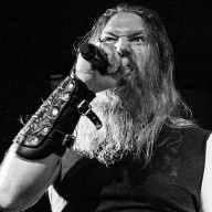 Amon Amarth Underworld 2016 01
