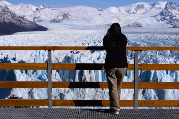 Overlooking the glacier from the, um, overlook.