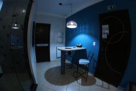 motelpousadalumiere_apartamento-simples-azul_07