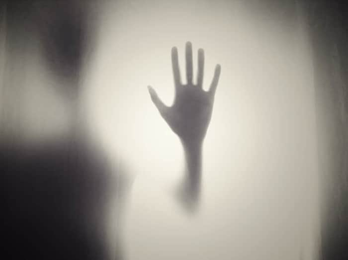 幽霊に追われる夢