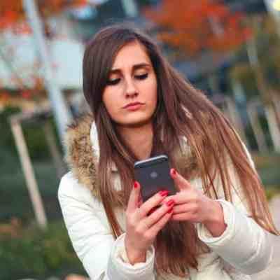 マッチングアプリはモテない人がやるものではない!実際に使ってる男女の特徴も解説