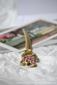 Organize Your Memorabilia | www.motherthyme.com