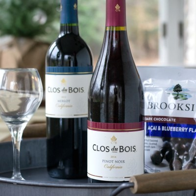 Holiday Entertaining with Clos du Bois Wine and BROOKSIDE Chocolate + Giveaway