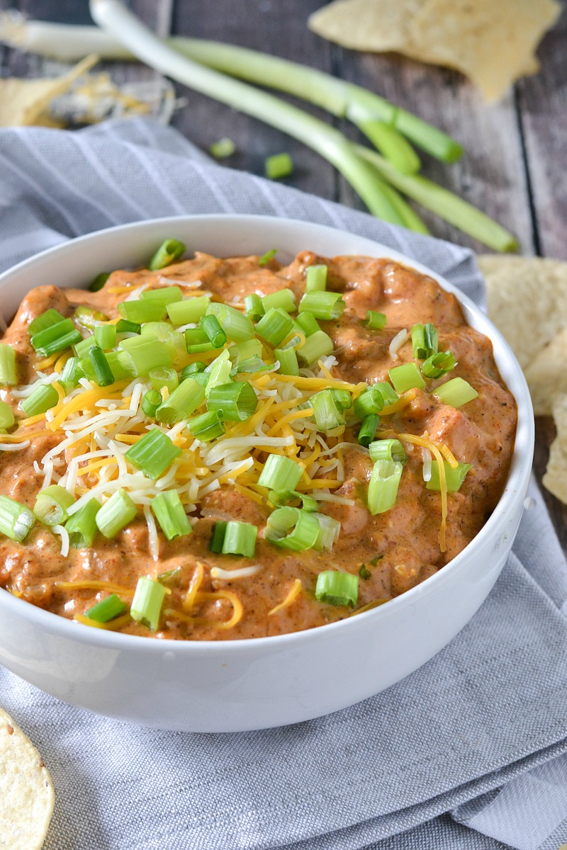 Crock-Pot® Slow Cooker Chili Cheese Dog Dip #crockpotrecipes #ad